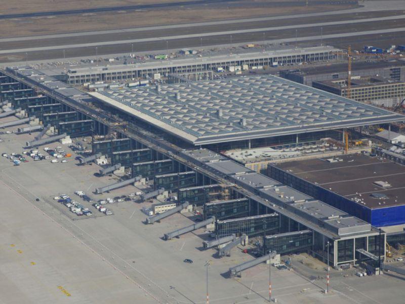 Aeroporto Berlino : Nuovo aeroporto di berlino se ne parla nel e spunta