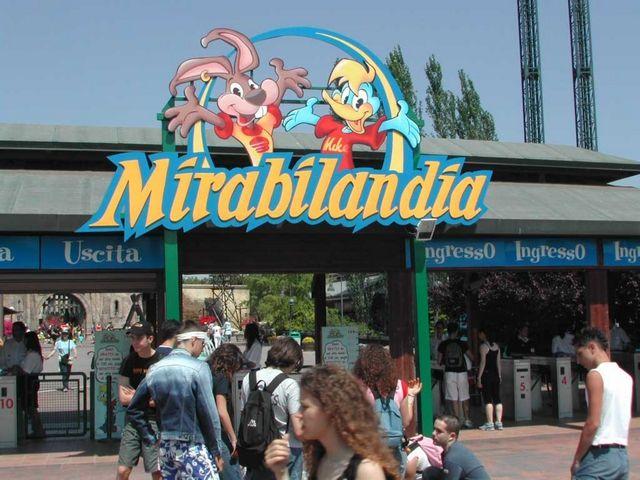 Mirabilandia: domani il ventennale del parco di ...