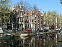 Overtourism ad Amsterdam, la città corre ai ripari aumentando la ...