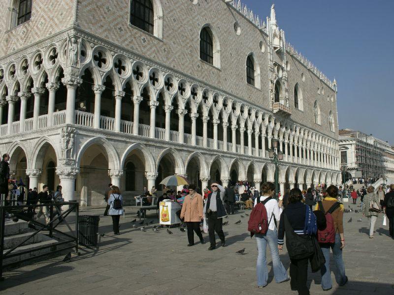 Tassa di soggiorno la mappa dei rincari ttg italia for Tassa di soggiorno a venezia